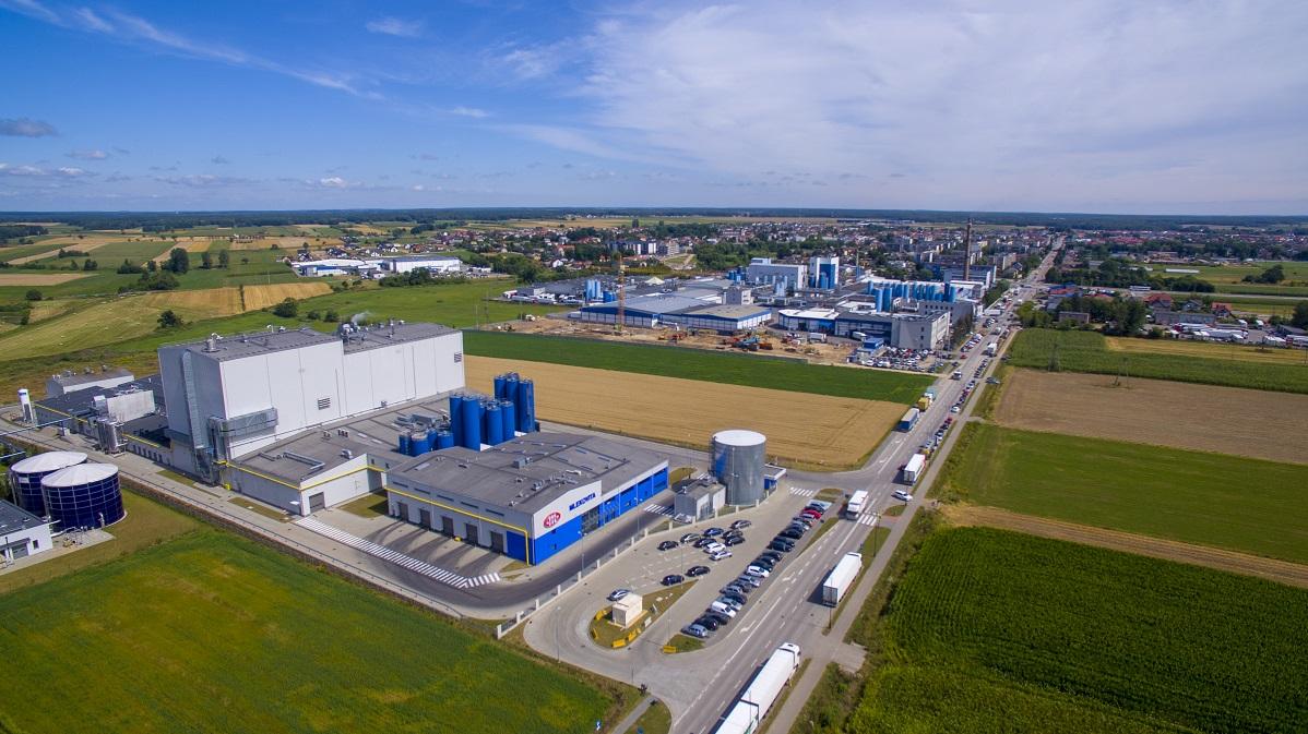 Trzy Zakłady Centrali Grupy Mlekovita – Widok Od Strony Fabryki Proszków…